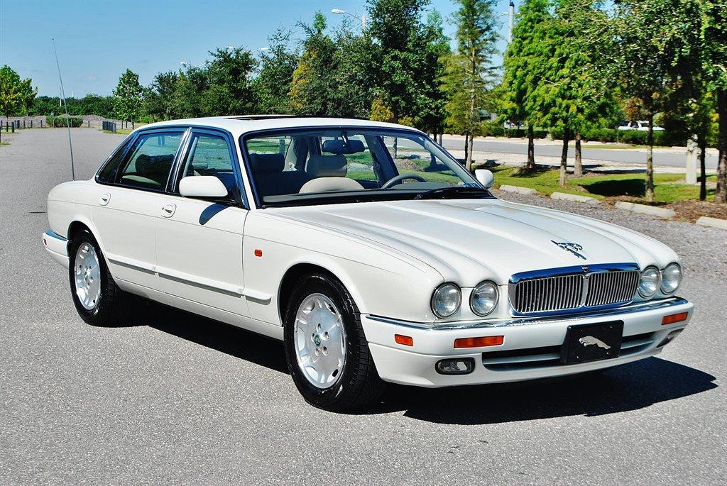 аренда Jaguar XJ 1996 года